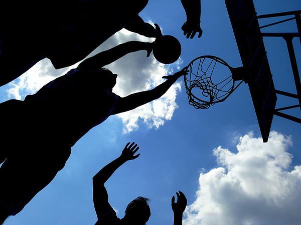 Стритбол и баскетбол